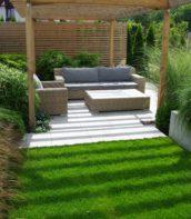 ogród miejski z pergolą